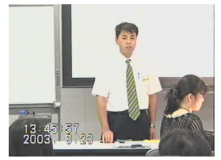 30代:セミナーを行う社長髙原